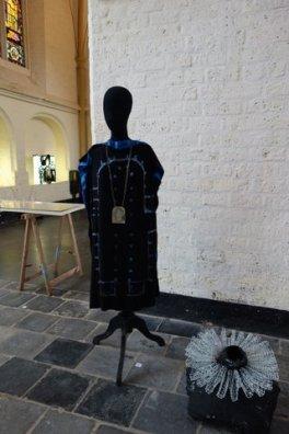 Bergkerk ,jurk en kraag